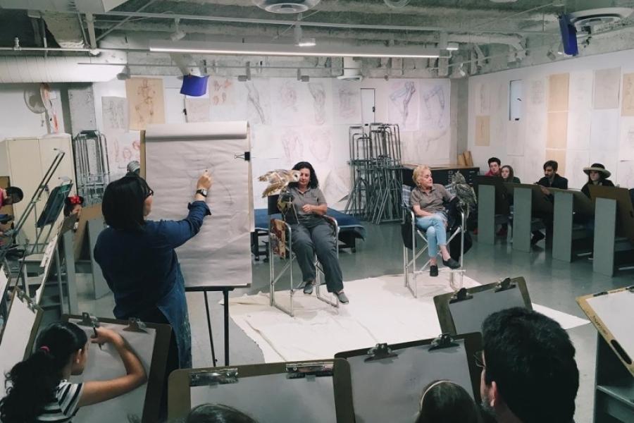 Mayuka Thais teaching drawing at Otis College