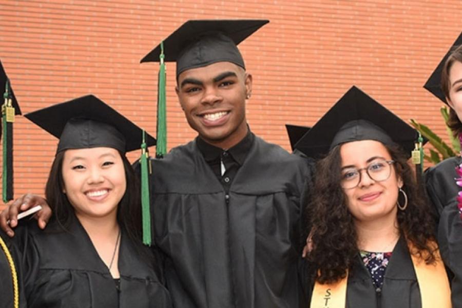 2018 graduates at the Otis College Commencement Ceremony