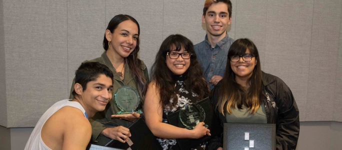Students receive awards at the 2018 Student Awards Banquet